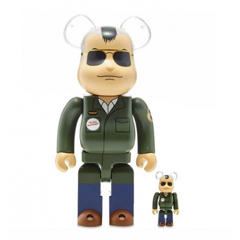 BEARBRICK 100 400 TRAVIS...