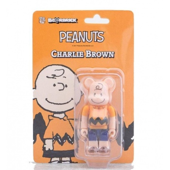 BEARBRICK CHARLIE BROWN...